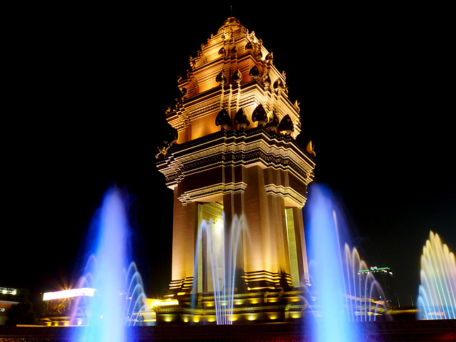 Independent_Monument_Phnom_Penh
