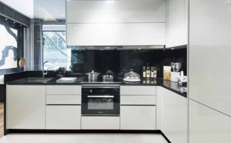 12onShan-spacious-kitchen
